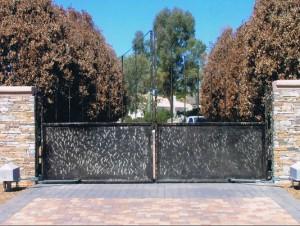 Phoenix Metal Gates Driveway