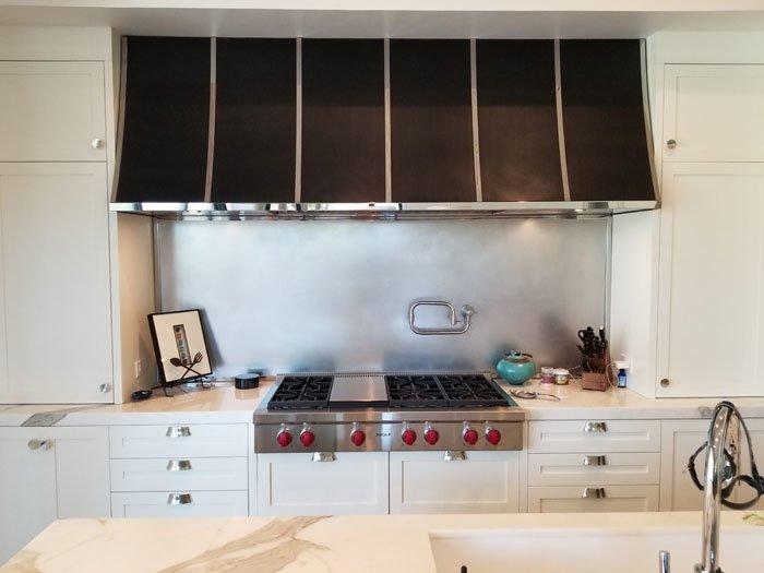 Black & Chrome Kitchen Range Hood (70)
