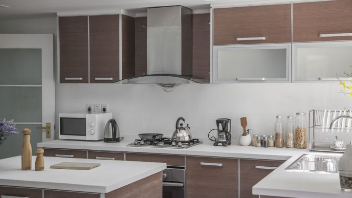 How To Clean And MAintain Your Stainless Steel Range Hood