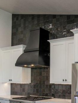 Black double bubble range hood (102)
